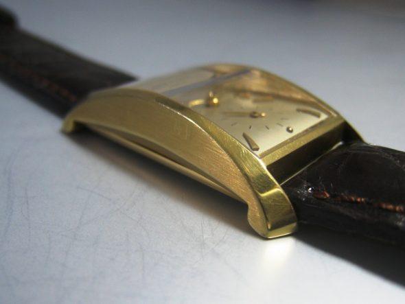 ref.2468 Yellow gold
