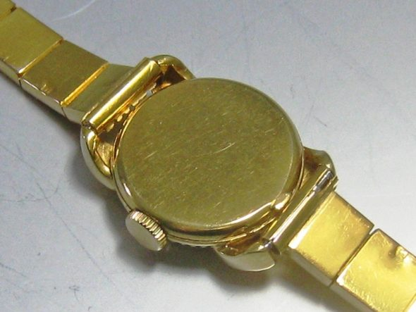 ref.3219 Yellow gold Ladies' watch