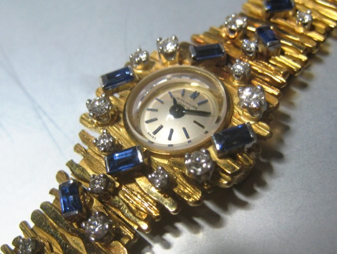 ref.3289/24 Yellow gold with sapphire & diamonds