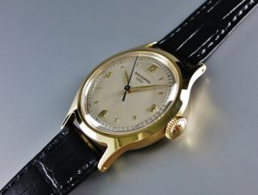 ref.565 Yellow with two tone dial and indirect sweep seconds