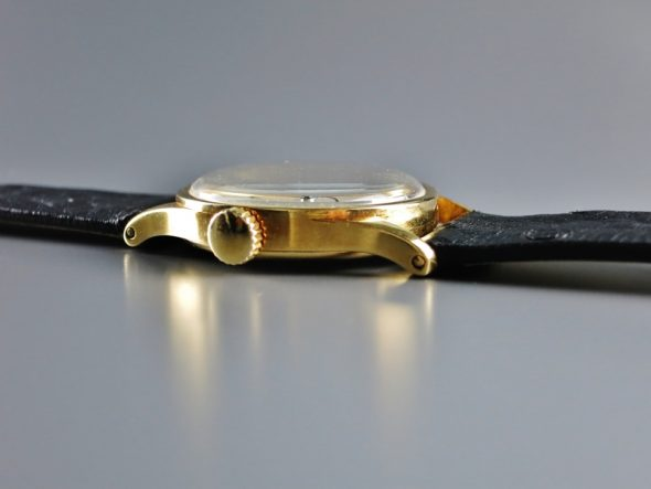 ref.96 yellow gold retailed by Haumann & Co.