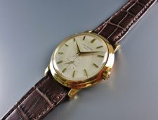ref.2552 Yellow gold