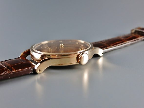"ref.570 rose gold ""Monochrome-pink"""