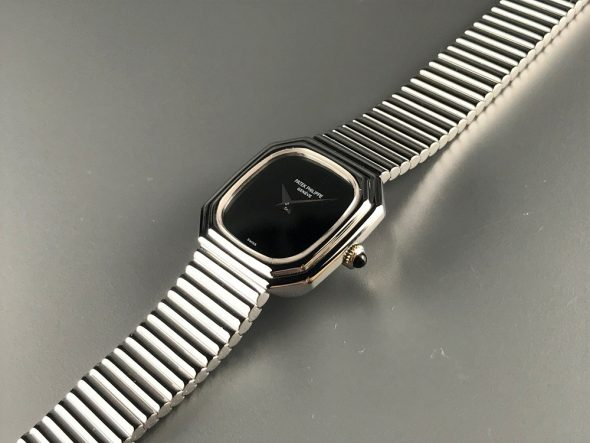ref.4432/1 white gold with Onyx dial