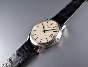 ref.3601 White self-winding with date ¥1,380,000.-