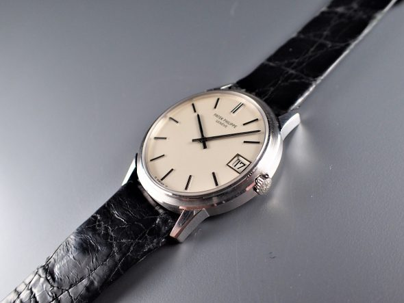 ref.3601 White self-winding with date