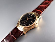 ref.539 Yellow with Black dial retailed by FRECCERO