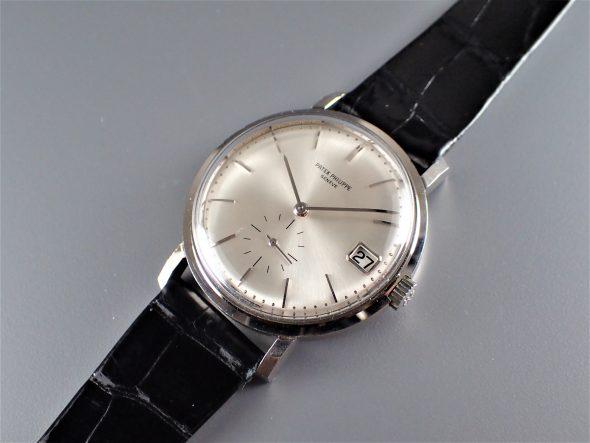 ref.3445 White ¥1,980,000.-