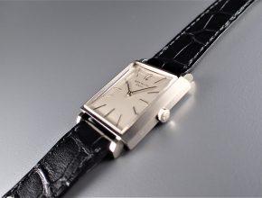 ref.3405 ホワイト ¥1,850,000.-