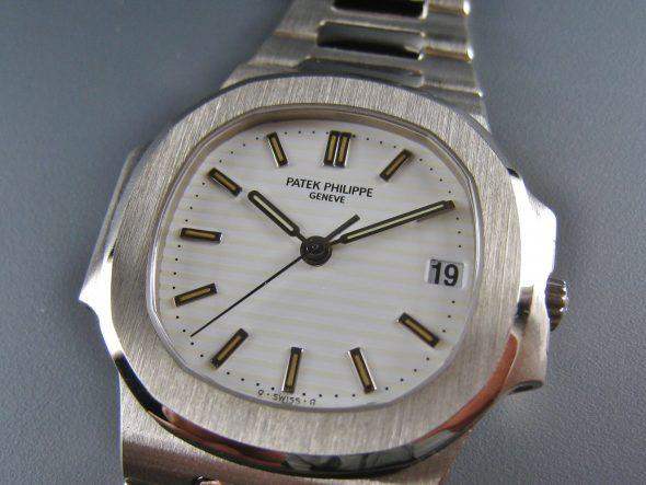 ref.3800/1G-010 White gold