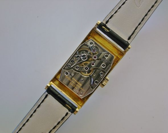 ref.425 Yellow gold with Black dial