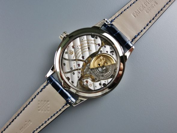 ref.5235G-001 Brand new with box and paper