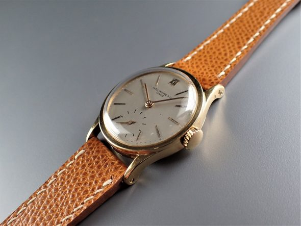ref.96 Yellow with Roman numerals