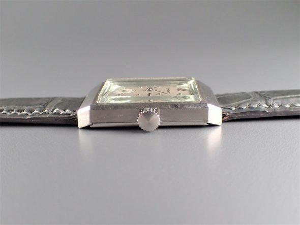ref.493 Platinum retailed by Cartier