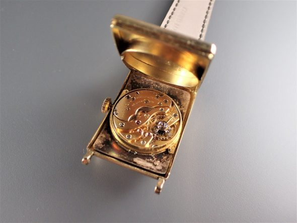 Type 10 Yellow gold with Breguet numerals