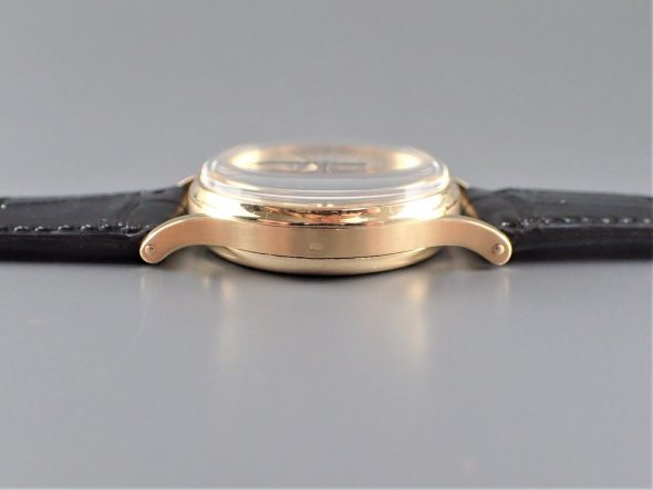 """ref.130 Yellow Two tone dial double signed by """"Eberhard Milan"""""""